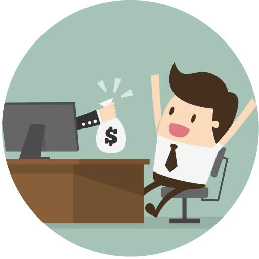 パソコンの前で喜ぶ営業マン